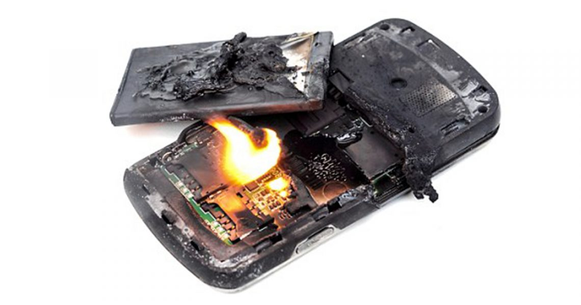 Mistakes that cause mobile phone batteries to explode